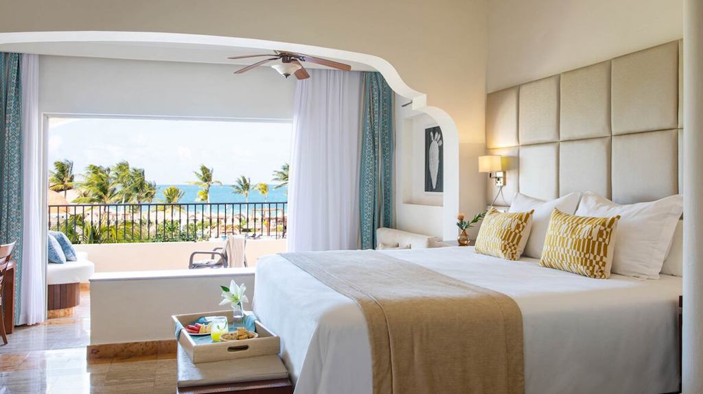 excellence-riviera-cancun-OV-hotel-suite-55