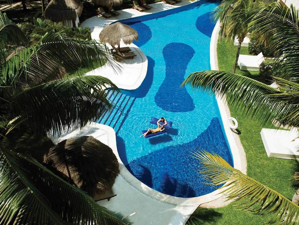 excellence-riviera-cancun-junior-swim-up-suite-vista