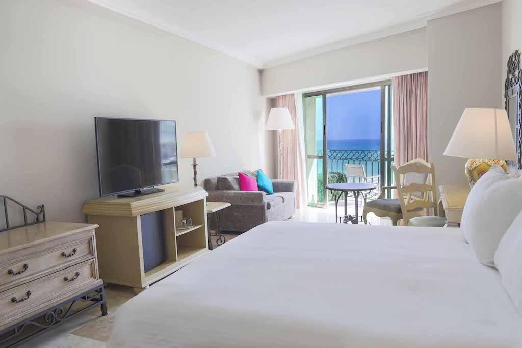 Sandos_Cancun_Rooms_Deluxe_02_0