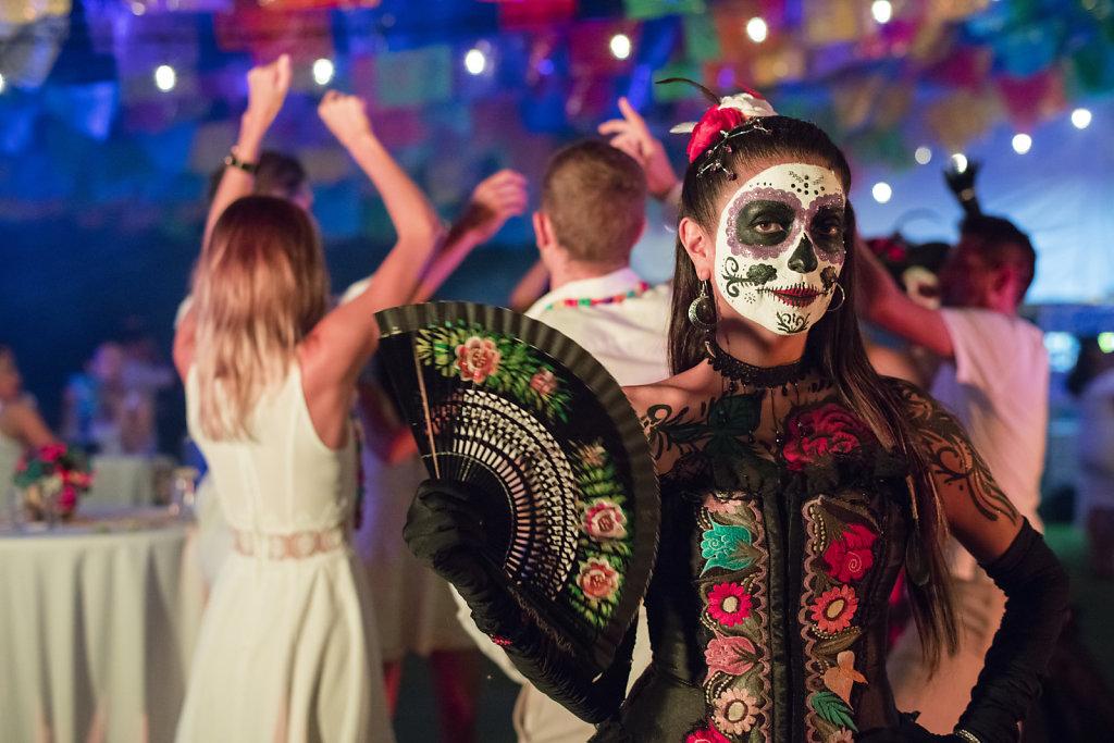 Grand-Velas-Riviera-Maya19-catrina-party-01,large.1583768749