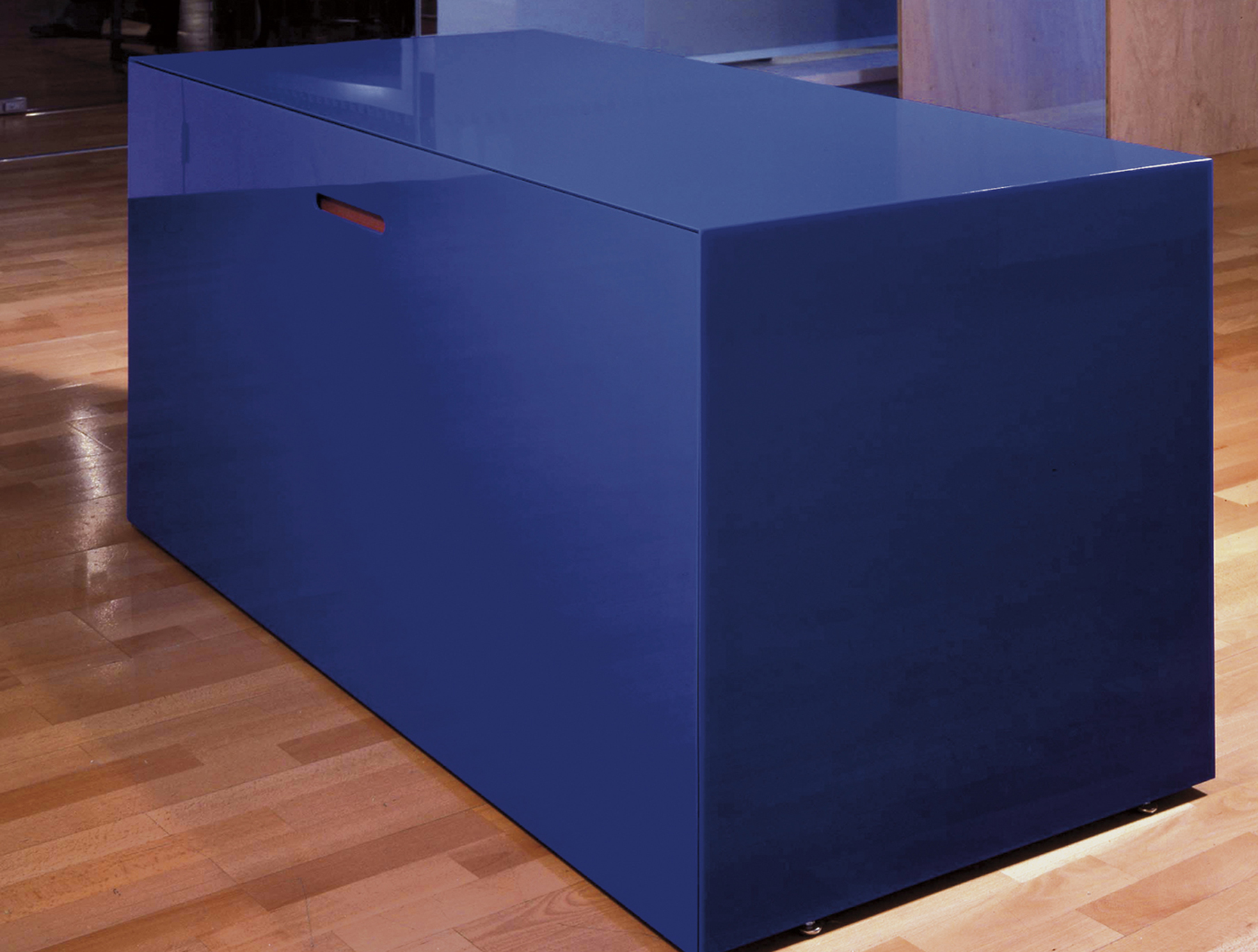 Bespoke Global  Product Detail  Blue Desk
