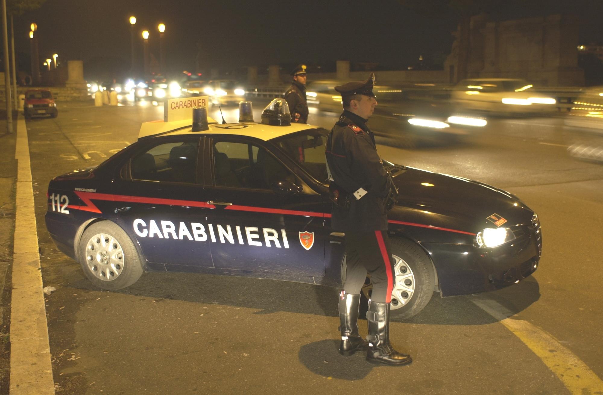 Palermo, trovati con arnesi da scasso vicino a una casa: arrestati