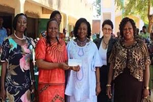 Surdité : L'Amicale des épouses de ministres solidaires des élèves du CEFISE