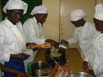 Section hôtellerie du CEFISE/BENAJA : l'art culinaire enseigné aux élèves