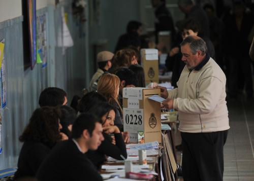 gente-votando
