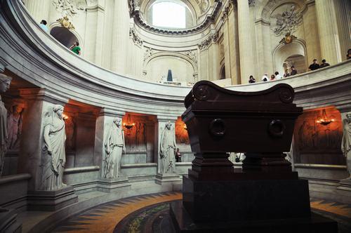 mausoleo-nestor k