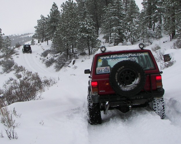 Photos: EWOR Pine Mountain New Year 4×4 Snow Run 4