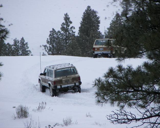 Photos: EWOR Pine Mountain New Year 4×4 Snow Run 26