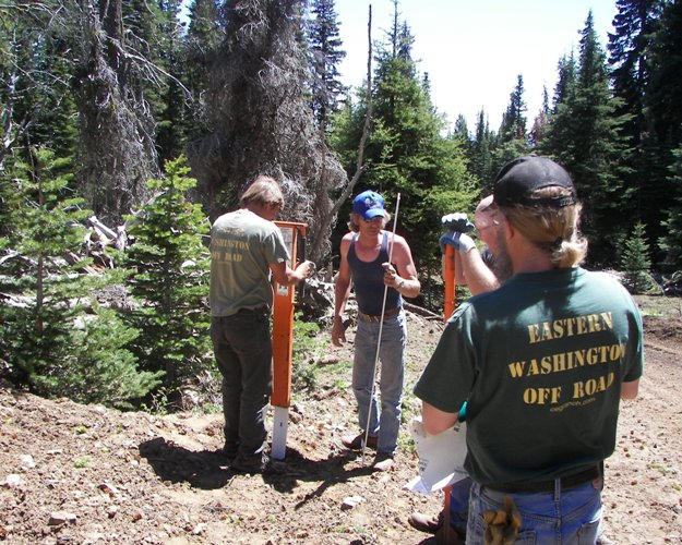 Photos: EWOR Ahtanum State Forest Green Dot Work Party Part 1 of 2 14
