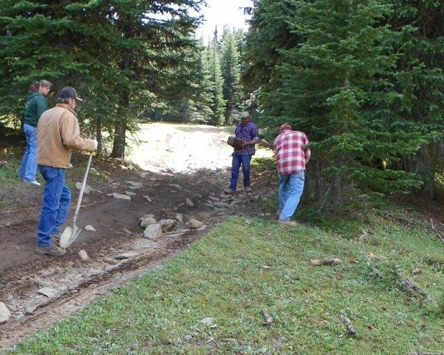 Photos: Trail 4W613 Work Day 18