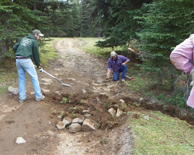Photos: Trail 4W613 Work Day 21