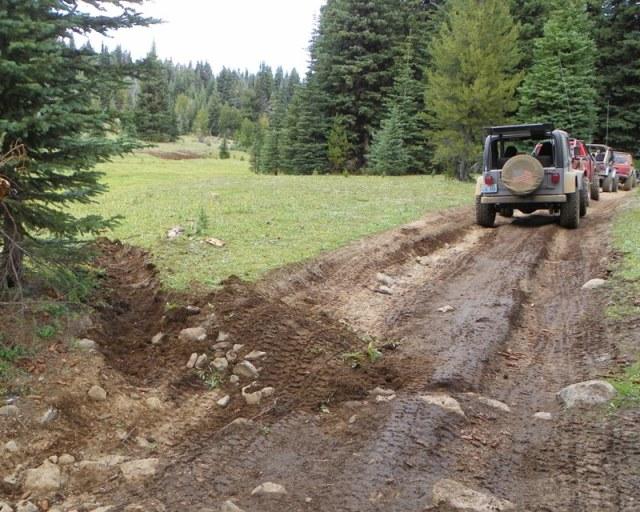 Photos: Trail 4W613 Work Day 22