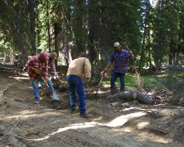 Photos: Trail 4W613 Work Day 25