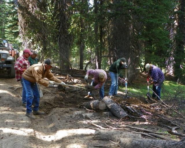 Photos: Trail 4W613 Work Day 26