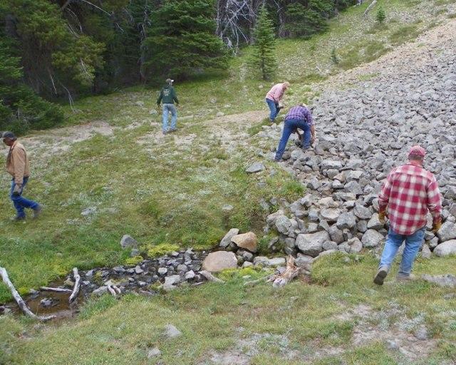 Photos: Trail 4W613 Work Day 33