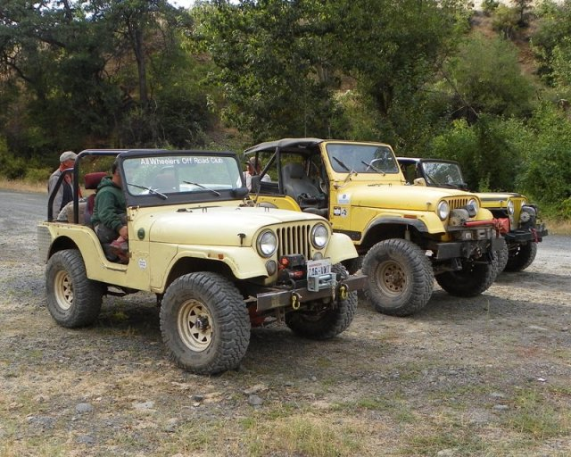 Photos: Yellow Jeep Run - Bethel Ridge 40