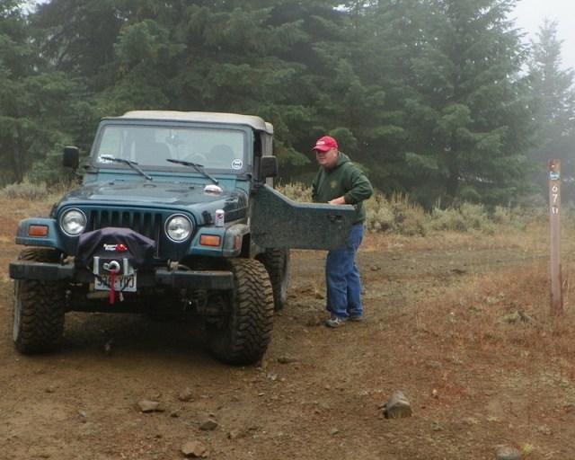 Photos: PNW4WDA Region 4 Pick Up A Mountain 22