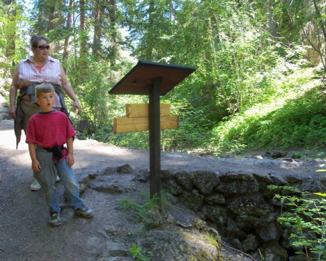 Photos: Boulder Cave Hike and Sightseeing Drive 9