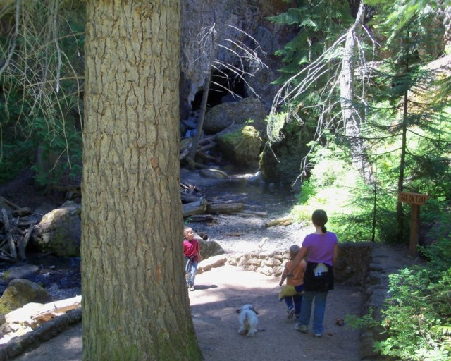Photos: Boulder Cave Hike and Sightseeing Drive 11