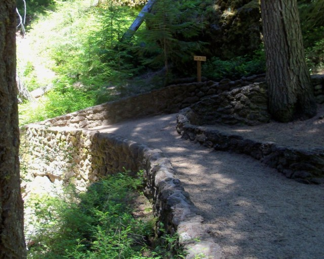 Photos: Boulder Cave Hike and Sightseeing Drive 14