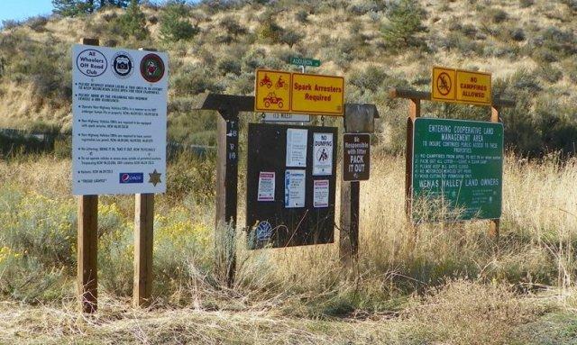 Photos: National Public Lands Day Volunteer Work in Yakima County 40
