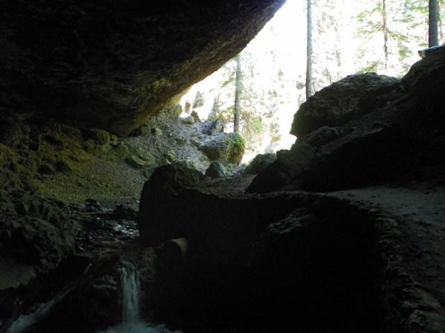 Boulder Cave Hike 35