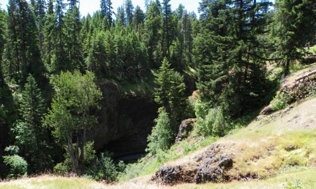 Boulder Cave Hike 64