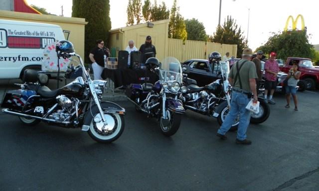 Hot Rods & Harleys 22