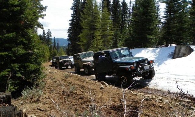 Memorial Day 4×4 Snow Run at the Ahtanum State Forest 12