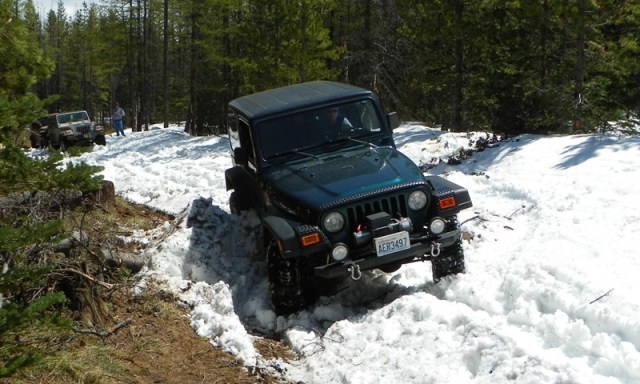 Memorial Day 4×4 Snow Run at the Ahtanum State Forest 30