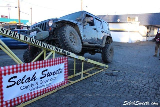Selah_Jeep_26