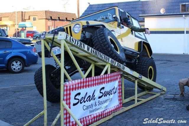 Selah_Jeep_30