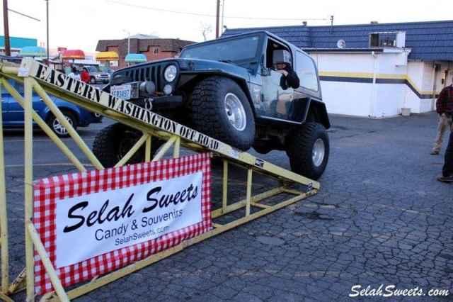 Selah_Jeep_35