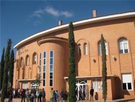 Papercraft imprimible y armable del Teatro de la Paz de Albacete, España. Manualidades a Raudales.
