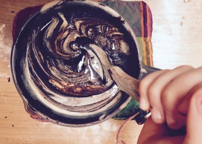 mélanger chocolat et amande