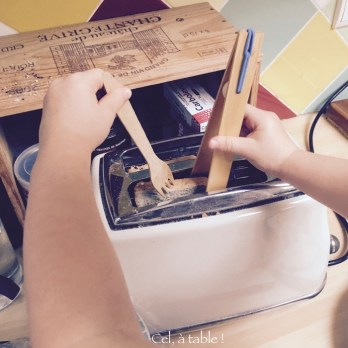 Sortir délicatement la tranche de pain