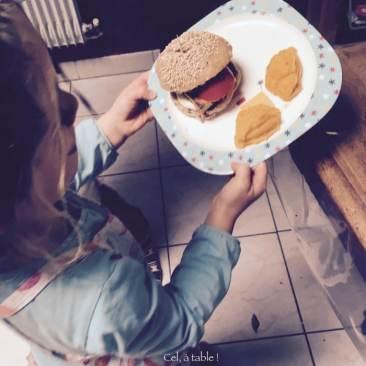 Jouer au restaurant : je fais la serveuse !