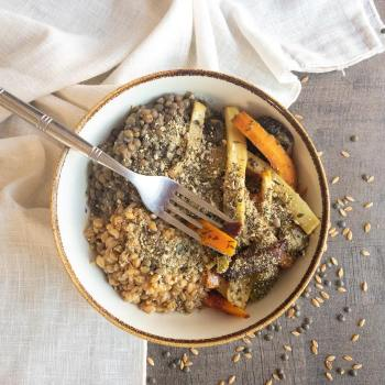 légumes rôtis, petit épeautre et lentille
