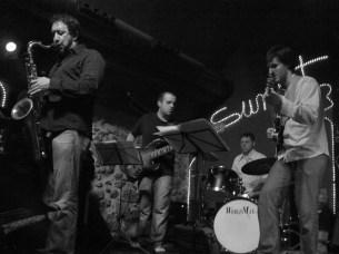 Girona (E) feat. Gorka Benitez & Tomás Merlo