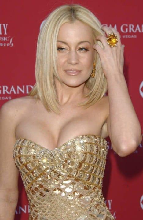 Has Dolly Parton Had A Boob Job : dolly, parton, CELEB-SURGERY.COM