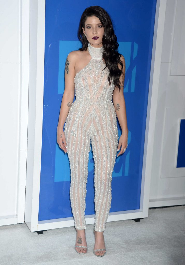Halsey At 2016 MTV Video Music Awards At Madison Square