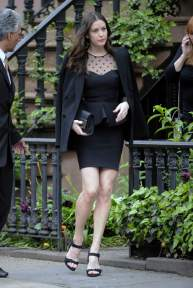 Liv_Tyler_leaving_her_home_in_the_West_Village_2
