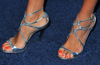 Angie_Harmon_at_TNTs_25th_Anniversary_Party_in_Beverly_Hills_10