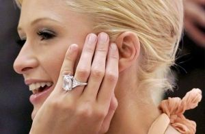 diamonds-display-with-celebrities-L-l3lWVx