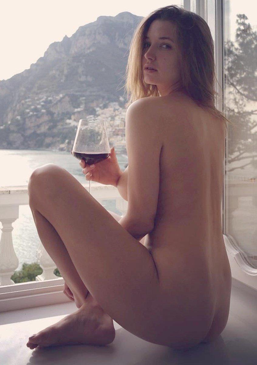 Alyssa Arce Nude Boob Bounce On Instagram