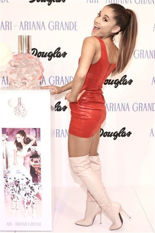 Ariana Grande In A Tight Red Leather Dress
