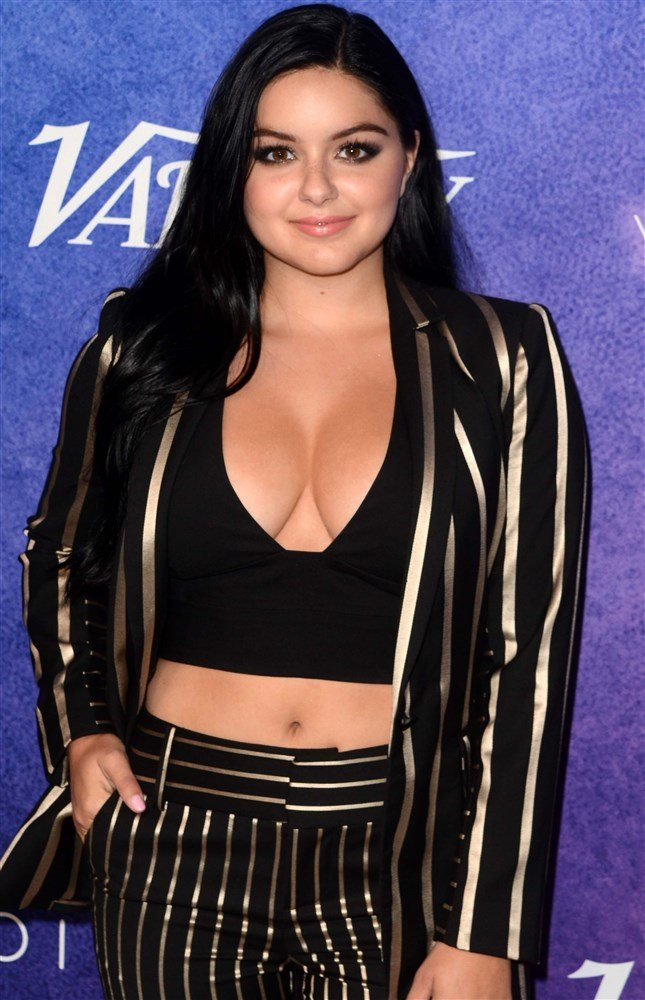 Ariel Winter Big Titty Power Play