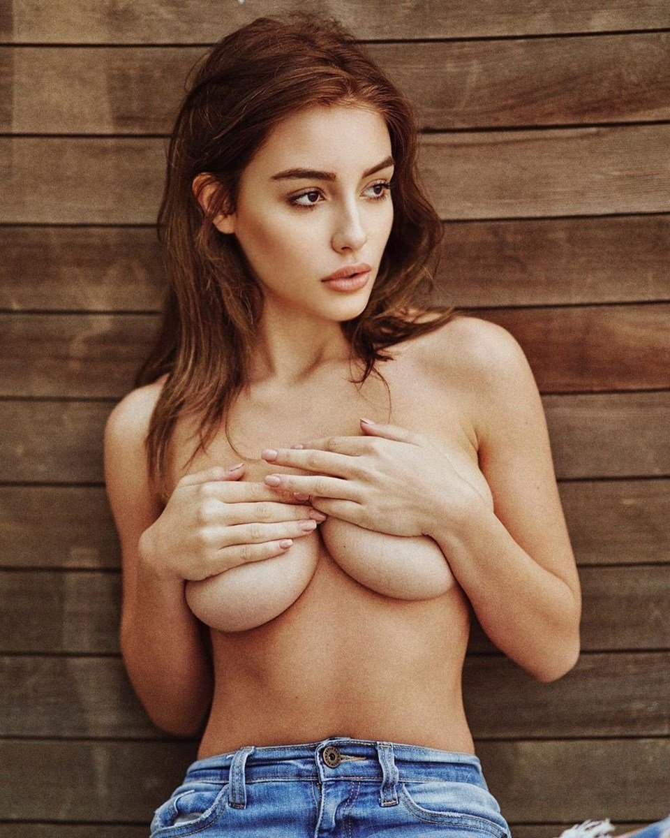 Ella Orten Nude Ass Photos And Boob Bouncing Compilation