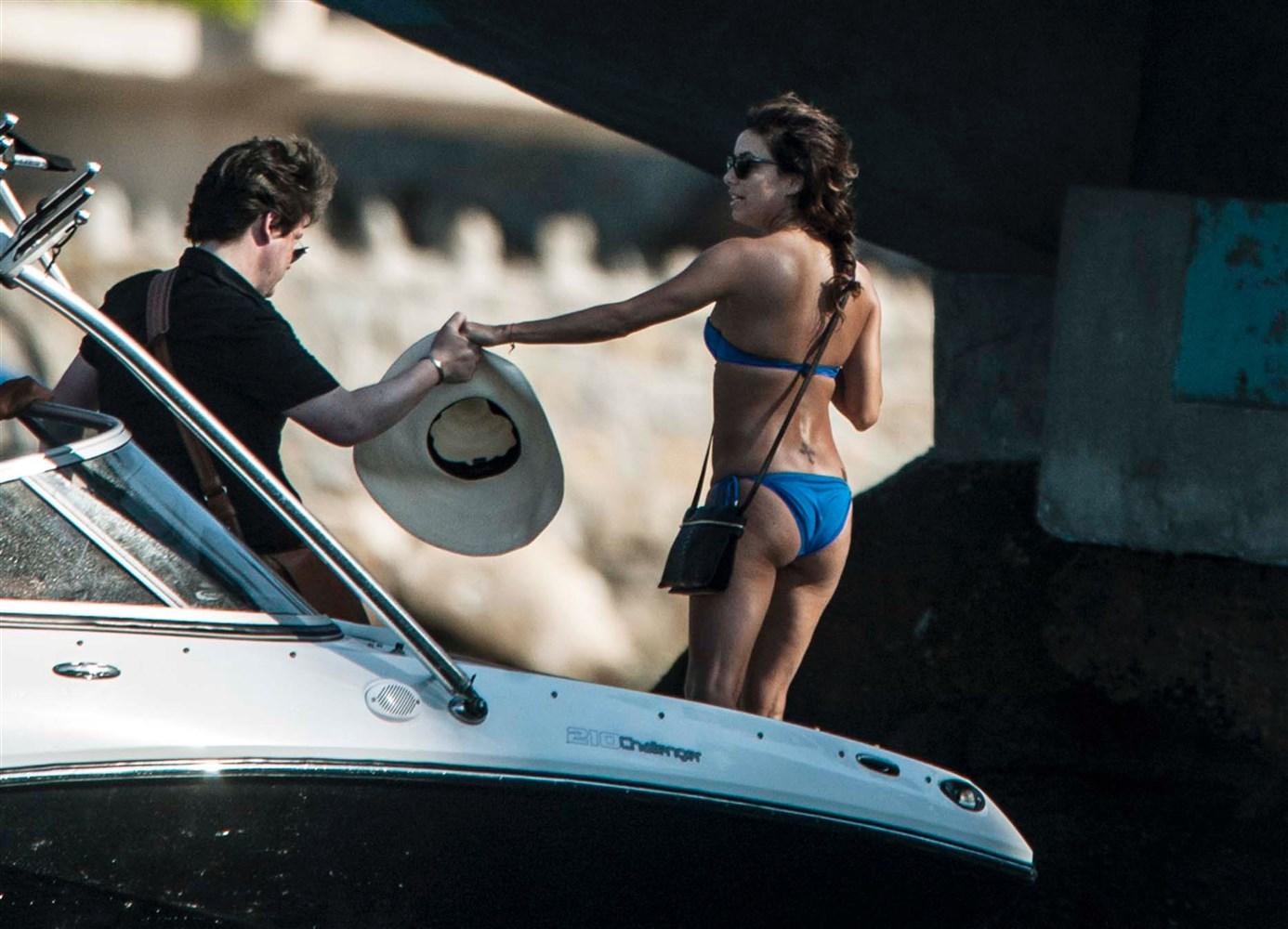 Eva Longoria Sneaks Across The Border In A Bikini
