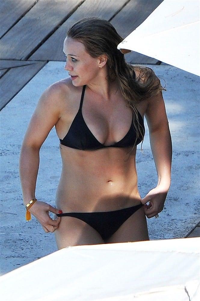 Hilary Duff Slutty Bikini Pics